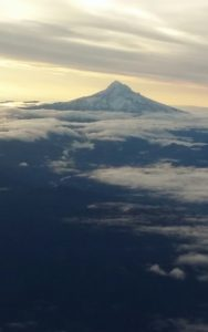 mt-hood-flying-home-oct-3-2016